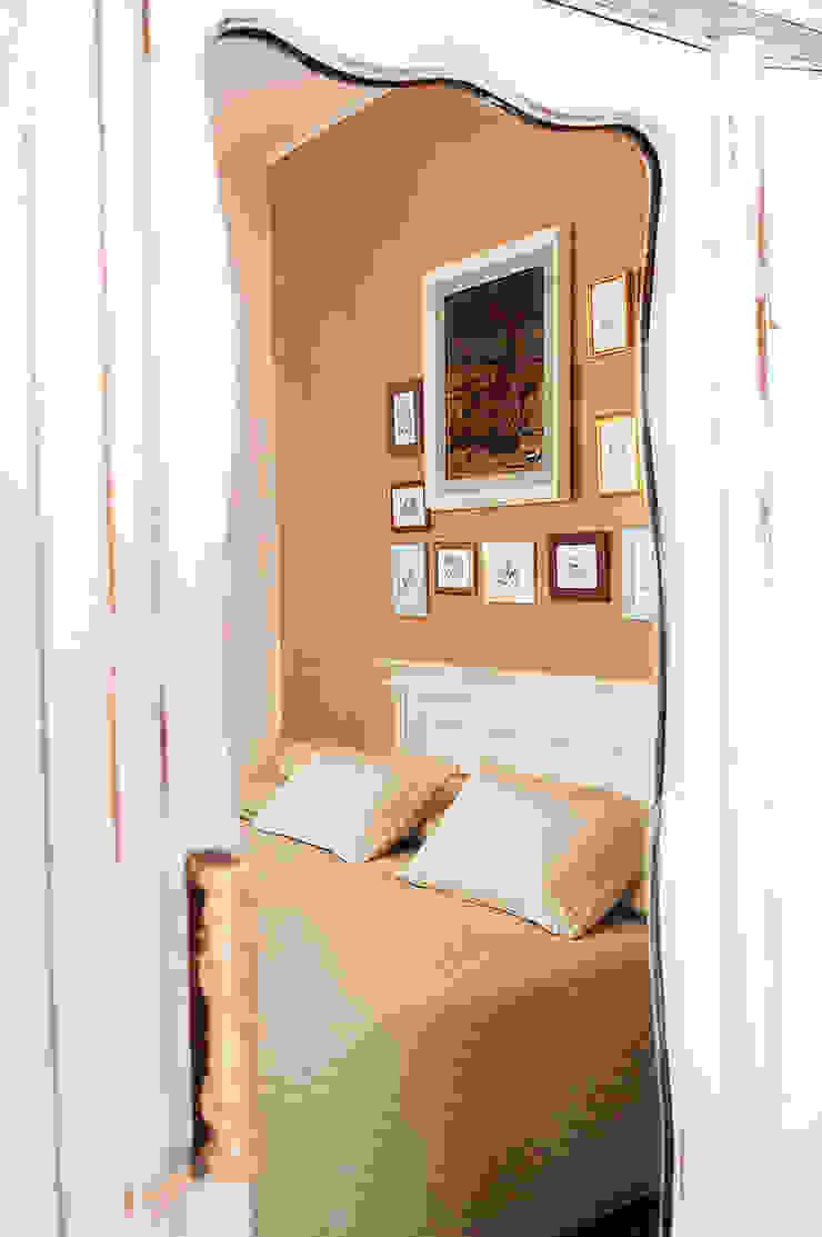 """Camera """"Alice"""" Hotel in stile eclettico di Studio Giorgi Barbieri Architetti Eclettico"""