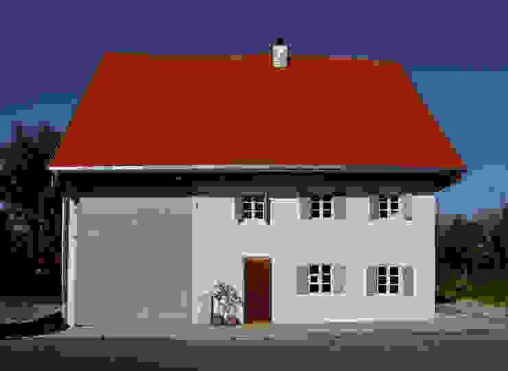 Fassade strassenseitig Landhäuser von heidenreich architektur Landhaus