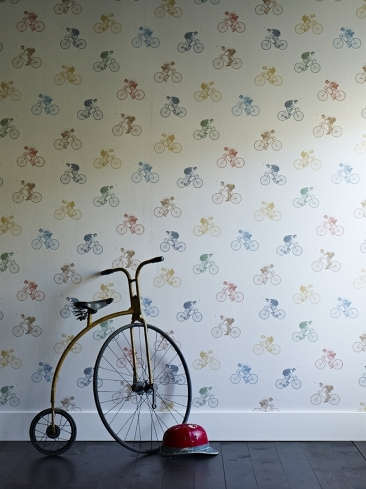 Bikes! wallpaper by Mister Smith Interiors: eclectic  by Mister Smith Interiors, Eclectic