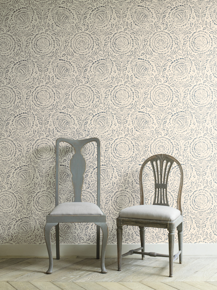 GP&J Baker Wallpaper: classic  by Mister Smith Interiors, Classic