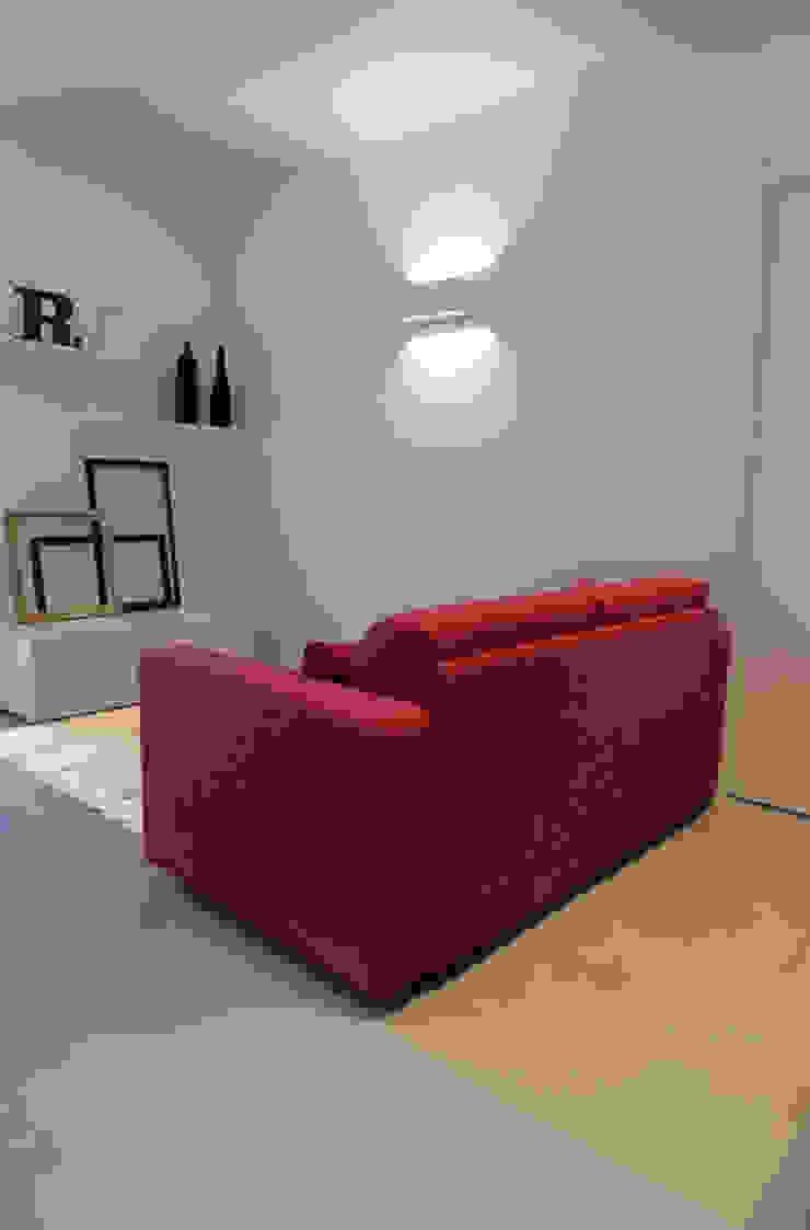 Appartamento 1 Soggiorno moderno di Elisa Rizzi architetto Moderno
