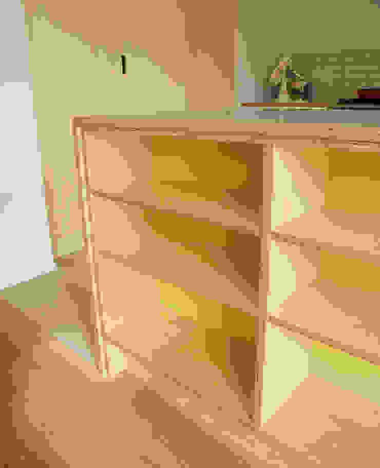 Birch ply and formica kitchen storage: modern  by Matt Antrobus Design, Modern