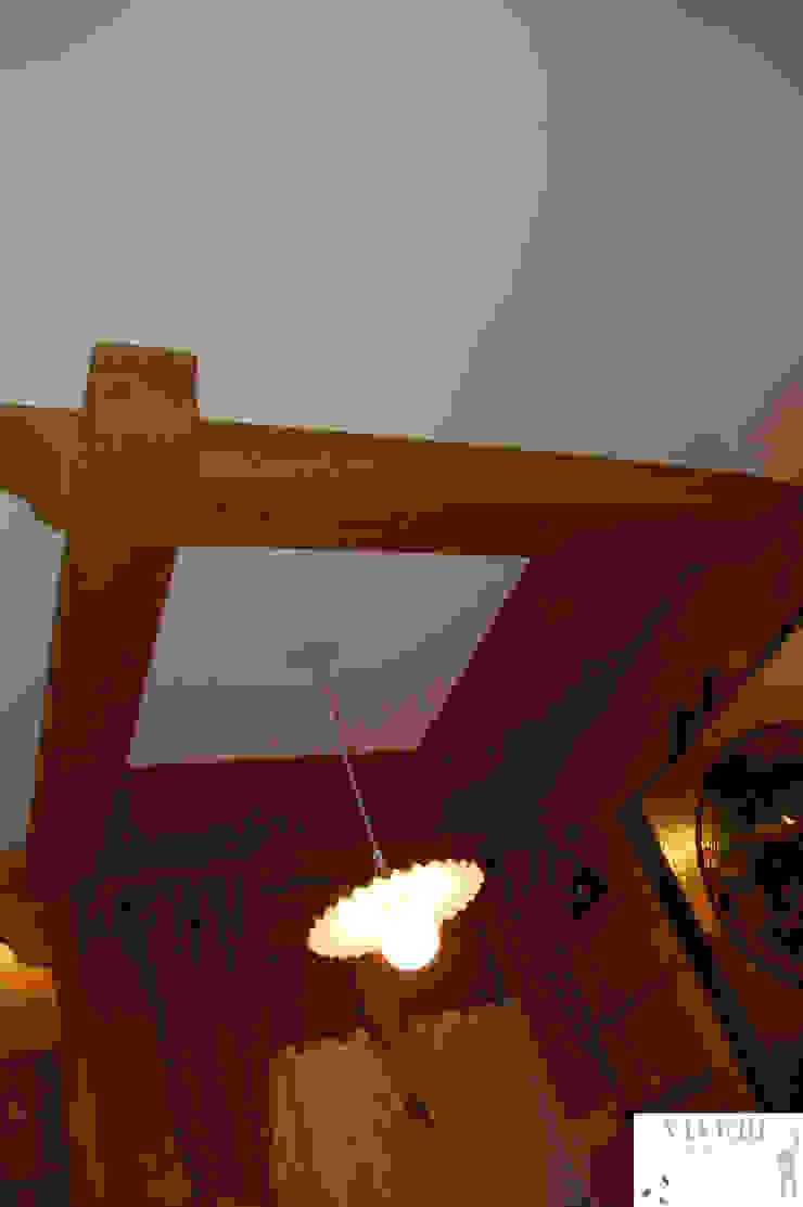 Soffitto zona pranzo Sala da pranzo in stile rustico di Arredamenti Brigadoi Rustico