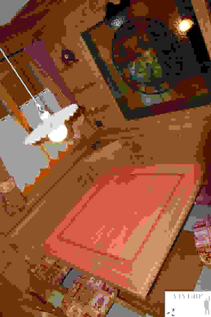 Zona pranzo Sala da pranzo in stile rustico di Arredamenti Brigadoi Rustico