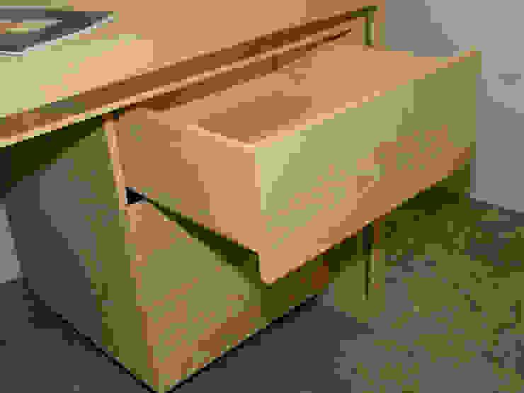 mesa lenervo con 3 cajones funcionales: todo para tu trabajo y estudio de Lenervo Mediterráneo