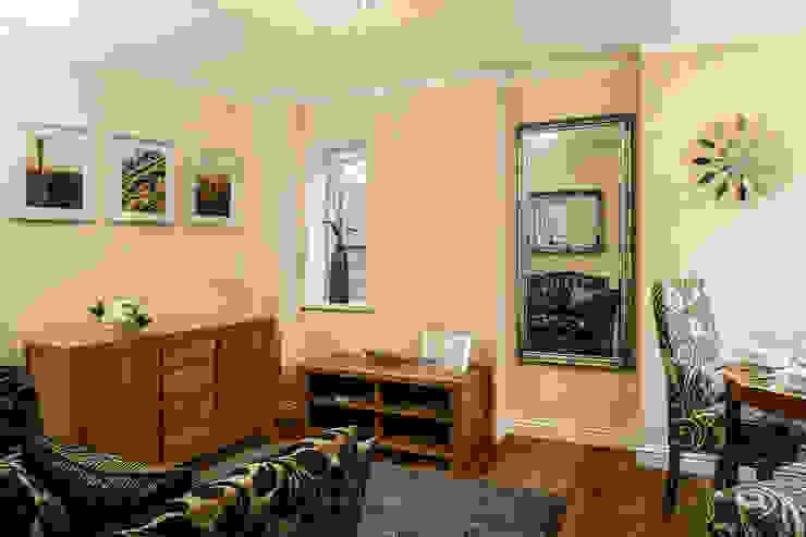 Livingroom Livings de estilo moderno de Lujansphotography Moderno