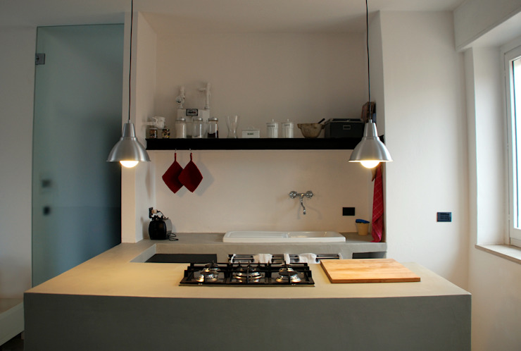 Minimalist kitchen by andrea nicolini architetto Minimalist