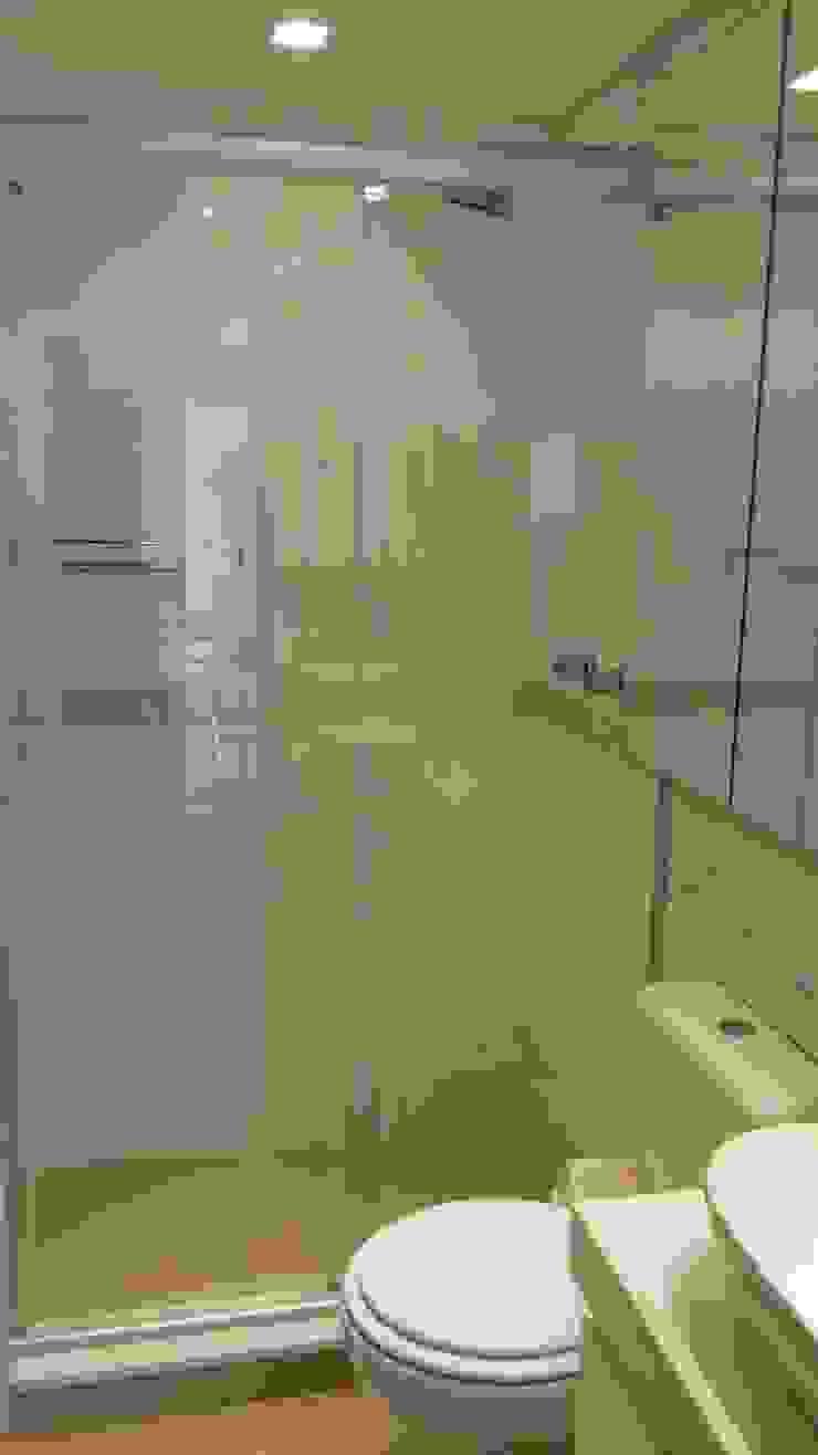 Banheiro Banheiros modernos por Cristiano Carvalho Arquitetura e Design Moderno