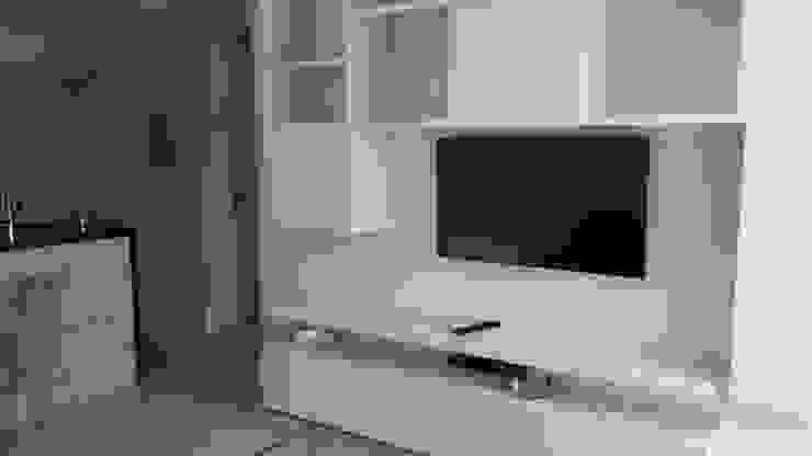 Painel Tv Quartos modernos por Cristiano Carvalho Arquitetura e Design Moderno