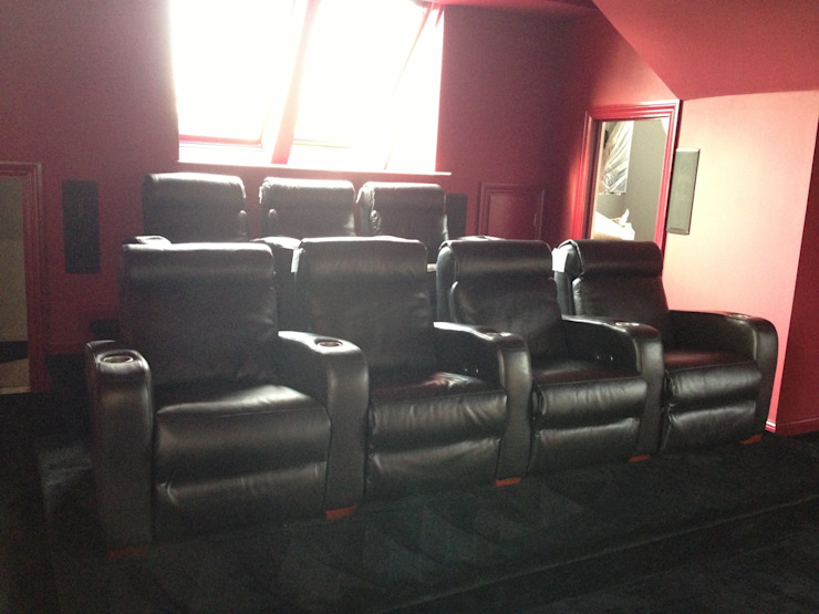 Seats finished Designer Vision and Sound