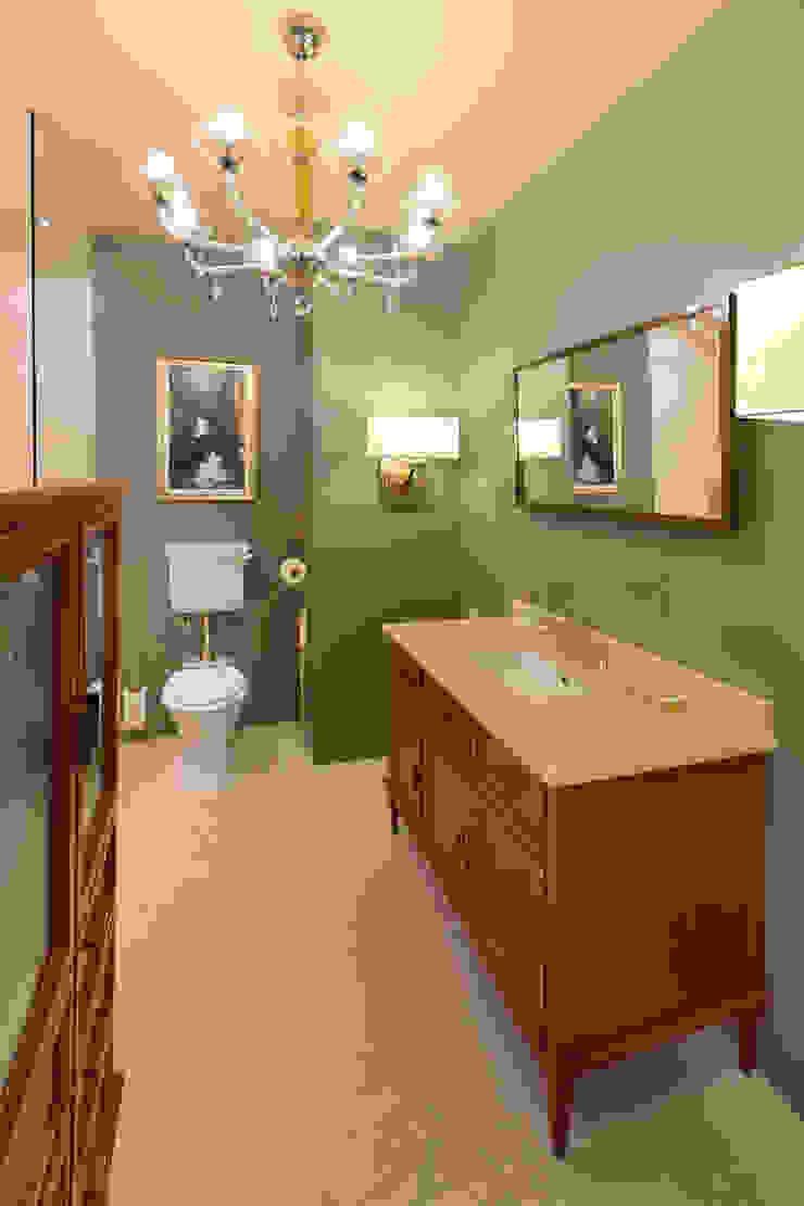 Master Bathroom от DesignPortrait®