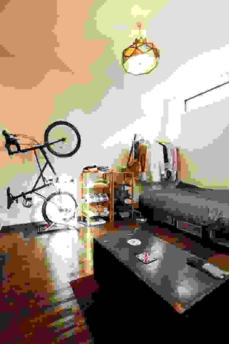三方道路に囲まれた家 クラシカルスタイルの 寝室 の 株式会社 創匠 クラシック