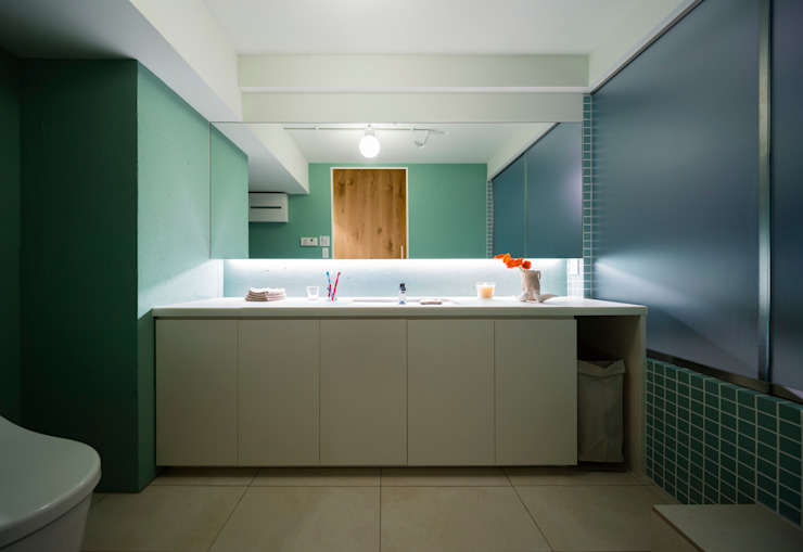 Modern bathroom by Nojima Design Office Modern