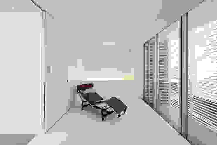 主寝室 オリジナルスタイルの 寝室 の 岩井文彦建築研究所 オリジナル