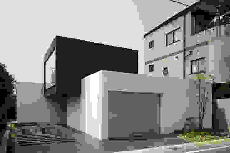 Minimalistische Häuser von 設計組織DNA Minimalistisch