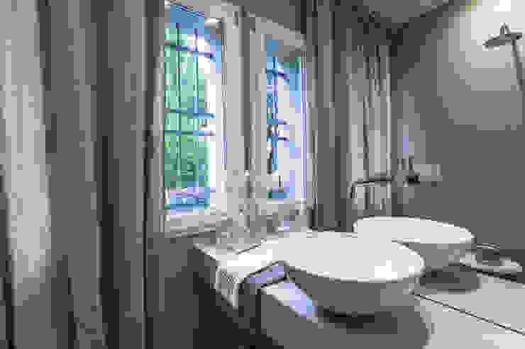 Klassische Badezimmer von Lucia Bentivogli Architetto Klassisch