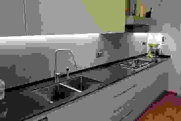 FattoreQ fabbrica Cocinas de estilo minimalista