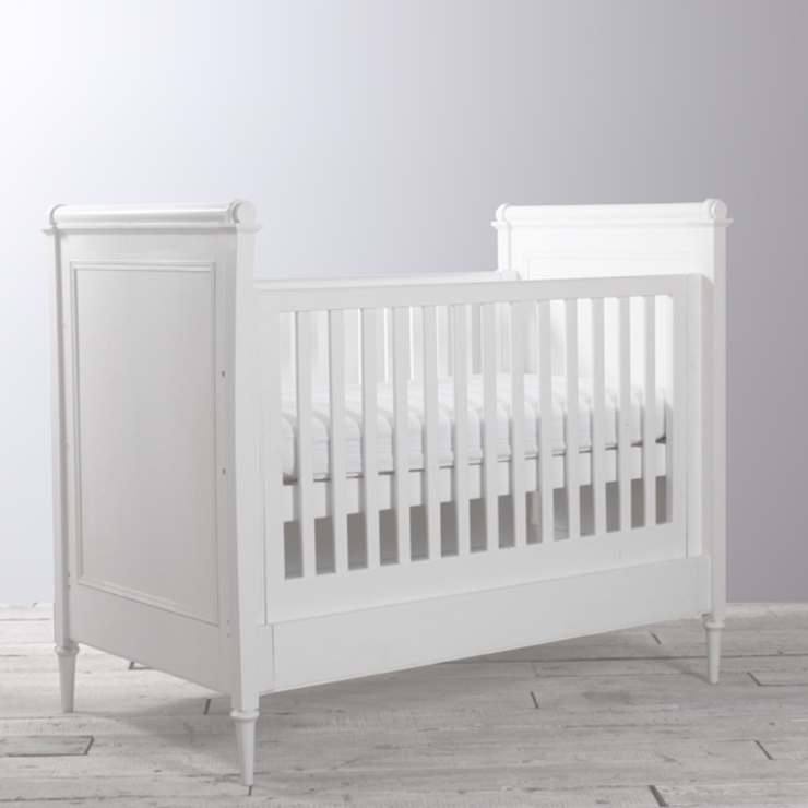 Manoir Cot Bed: classic  by Custard & Crumble, Classic