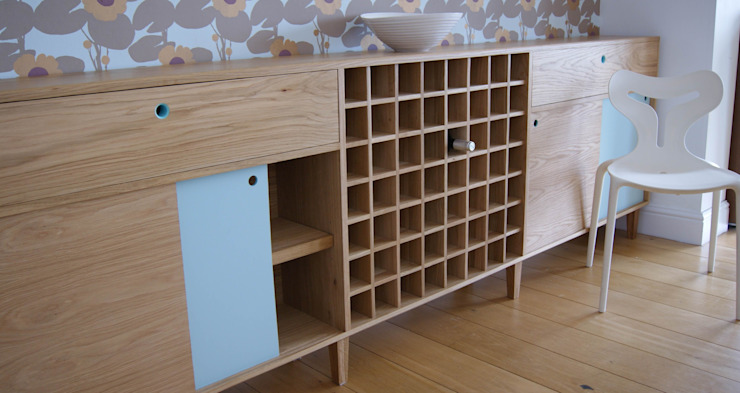 Oak Sideboard with Winerack de MijMoj Design Limited Minimalista
