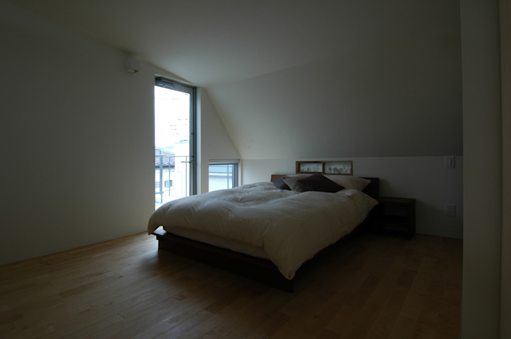 M+2 Architects & Associates Modern style bedroom