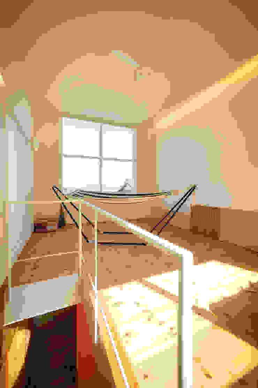 母の家 ミニマルデザインの リビング の 長井建築設計室 ミニマル