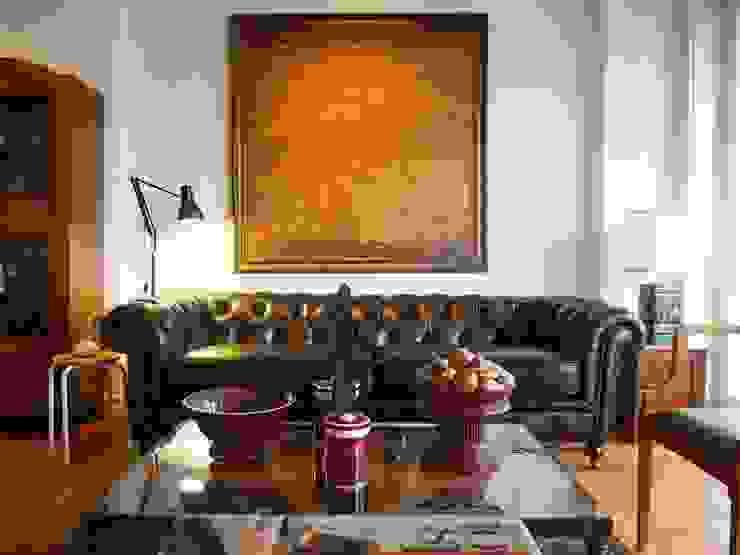 Chesterfield Sofa Oleh Locus Habitat Klasik