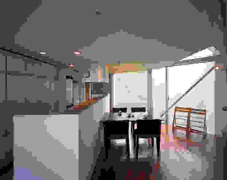 トライアングル・ハウス オリジナルデザインの ダイニング の 西島正樹/プライム一級建築士事務所 オリジナル