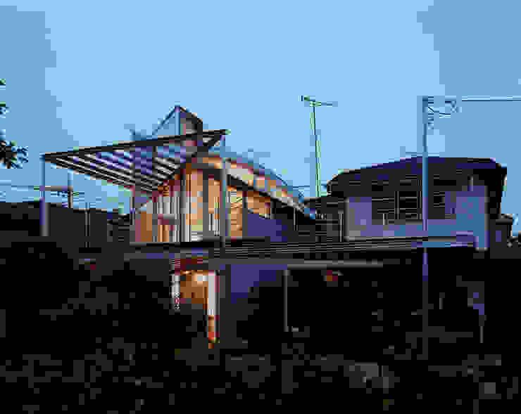 トライアングル・ハウス オリジナルな 家 の 西島正樹/プライム一級建築士事務所 オリジナル