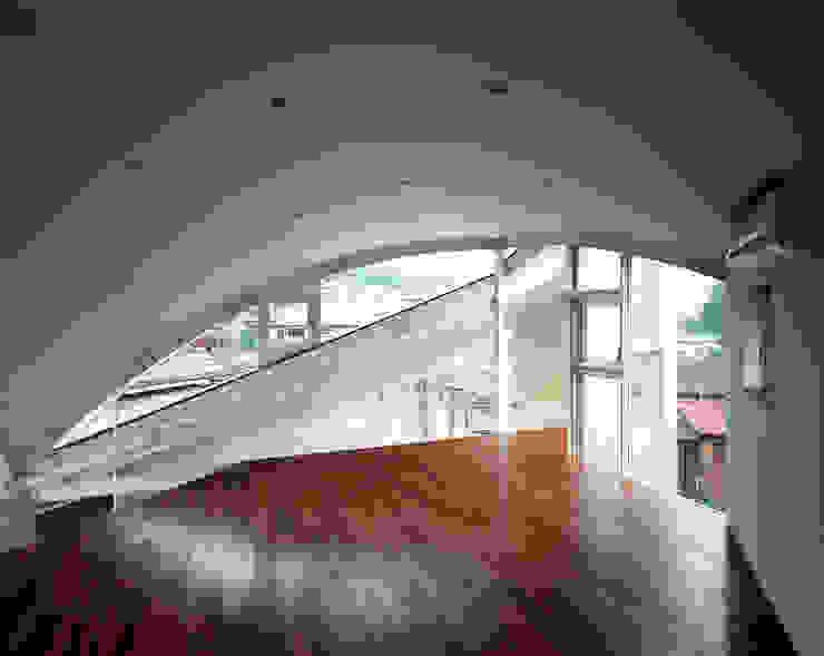 トライアングル・ハウス オリジナルデザインの 子供部屋 の 西島正樹/プライム一級建築士事務所 オリジナル