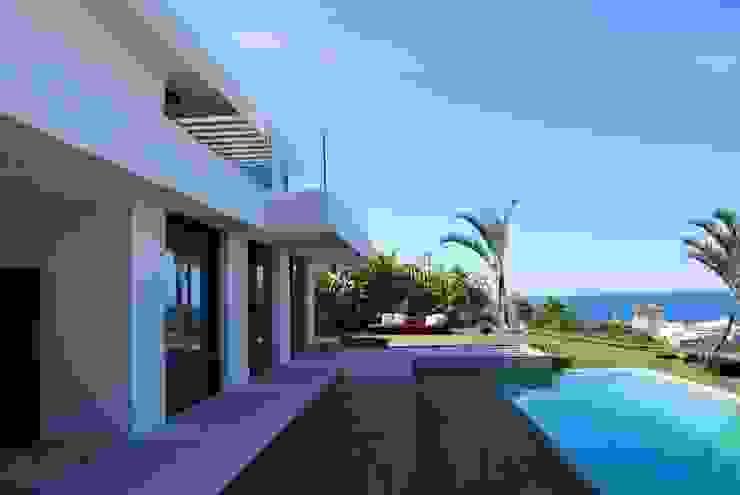 Exterior Casas modernas de saz arquitectos Moderno