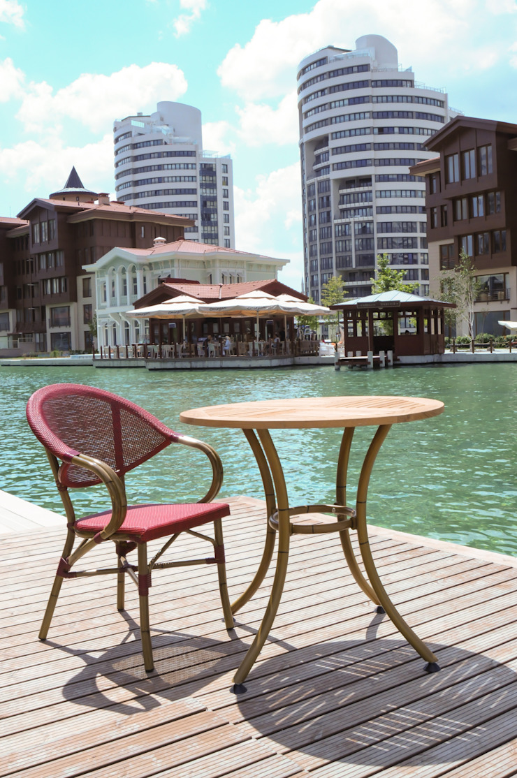 BOSPHORUS CITY, RESIDENCE Modern Balkon, Veranda & Teras 5A Design Modern