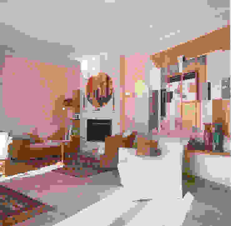 Living-room Soggiorno moderno di Studio Mingaia Moderno