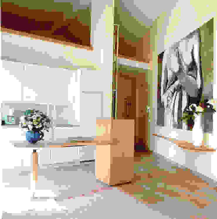 Appartamento degli ospiti, dettaglio living-room Cucina moderna di Studio Mingaia Moderno