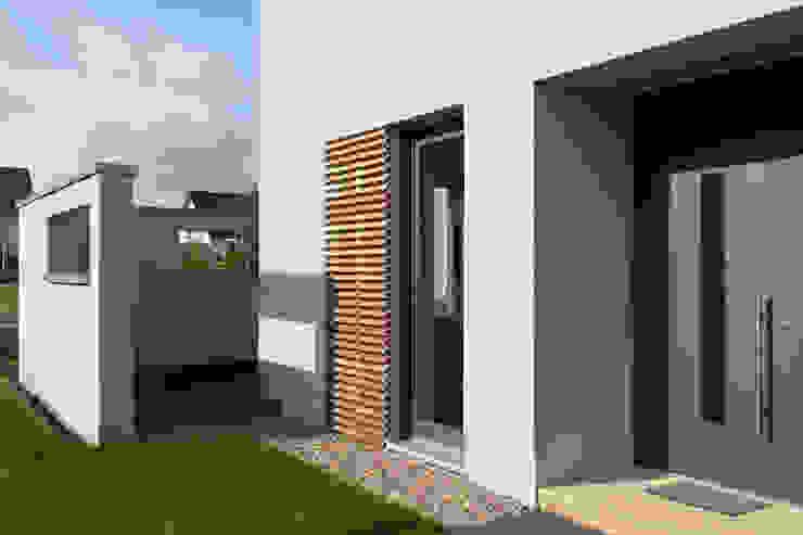 Modern houses by skt umbaukultur Architekten BDA Modern