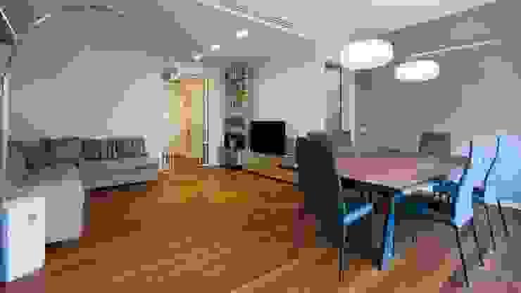 Appartamento alla Caffarella – Roma Soggiorno moderno di Archifacturing Moderno