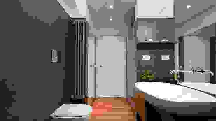Appartamento alla Caffarella – Roma Bagno moderno di Archifacturing Moderno