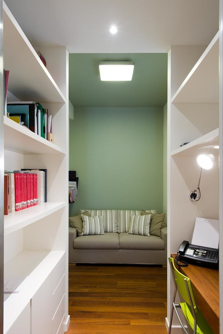 Appartamento alla Caffarella – Roma Studio moderno di Archifacturing Moderno