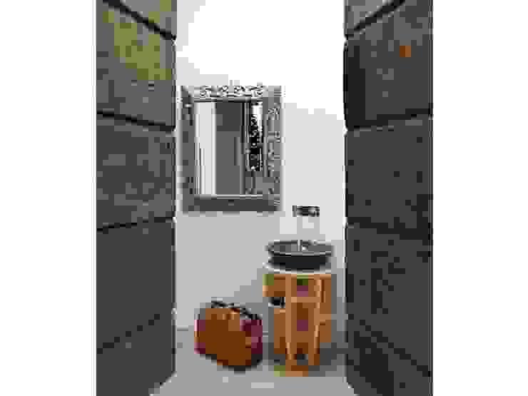 Maison bamboo Spa eclettica di Studio Maggiore Architettura Eclettico