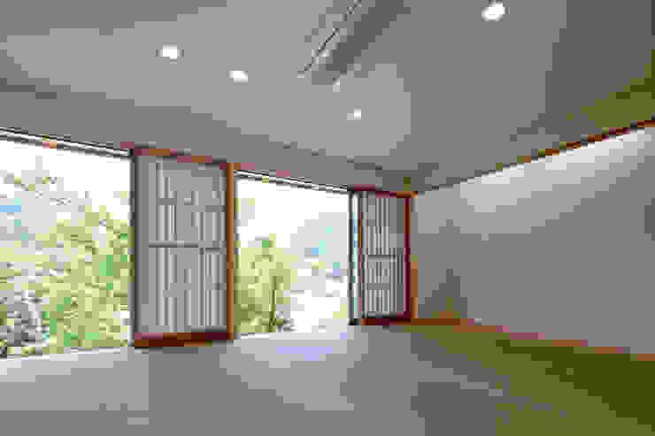 m annex 和風デザインの 多目的室 の 長谷雄聖建築設計事務所 和風