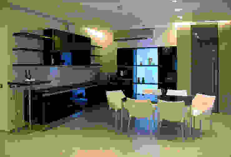 Дом в Ильино Столовая комната в классическом стиле от Дизайн-студия «ARTof3L» Классический
