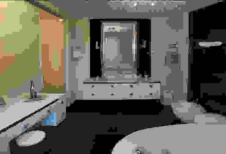 Дом в Ильино Ванная в классическом стиле от Дизайн-студия «ARTof3L» Классический