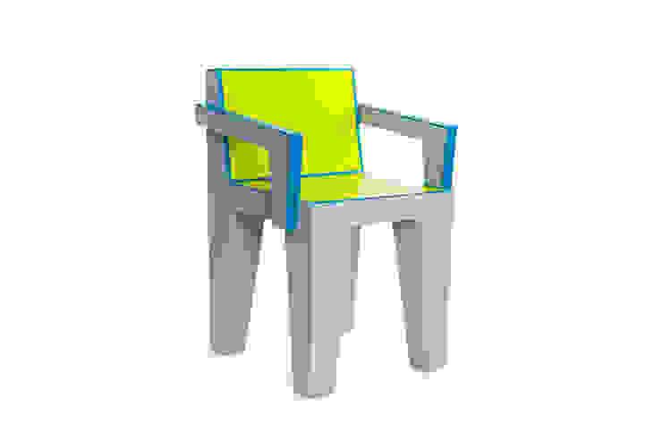 Chaise design en carton par Elle et les cartons Éclectique