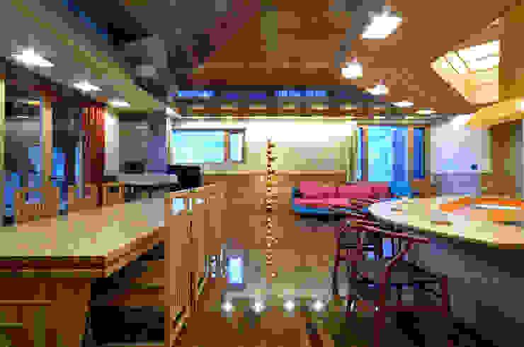地平線の家 モダンデザインの 多目的室 の 片倉隆幸建築研究室 モダン