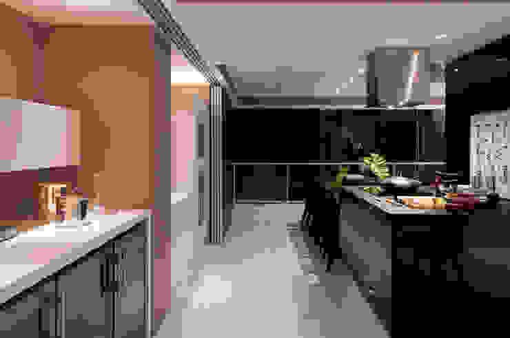 Apartamento Campo Belo Cozinhas modernas por Consuelo Jorge Arquitetos Moderno