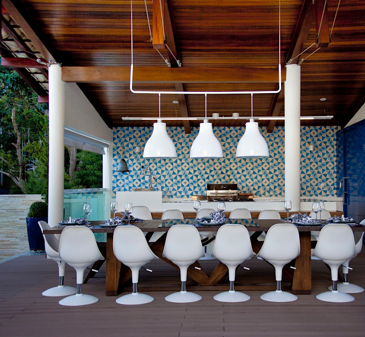 Gourmet Varandas, alpendres e terraços mediterrâneo por Lais Albergaria Designer Associados Mediterrâneo