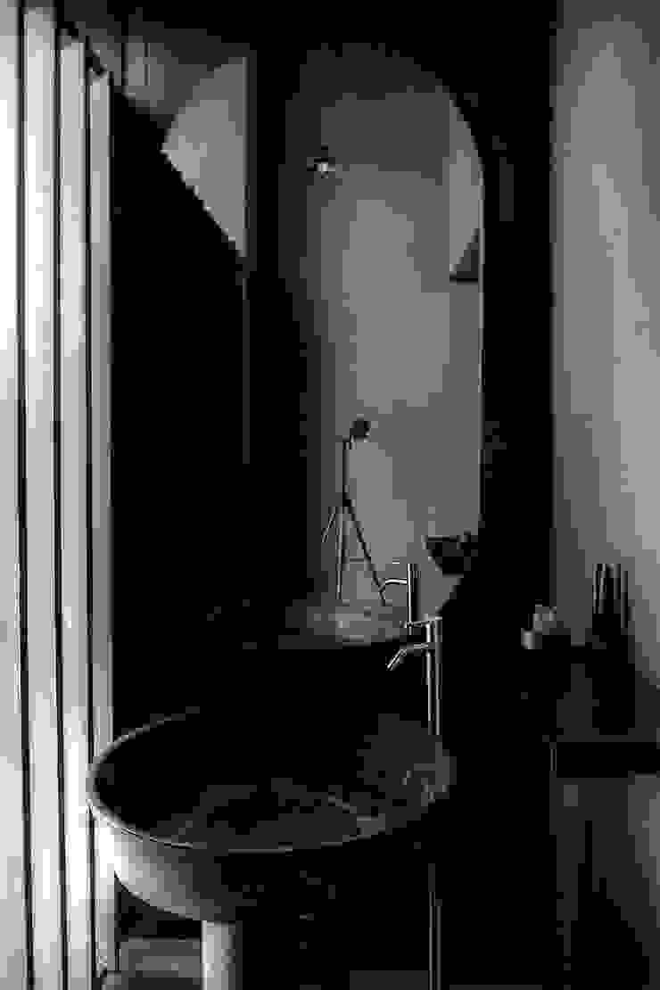 Baño Edificios de oficinas de estilo moderno de Studio Marco Villa Mateos Moderno