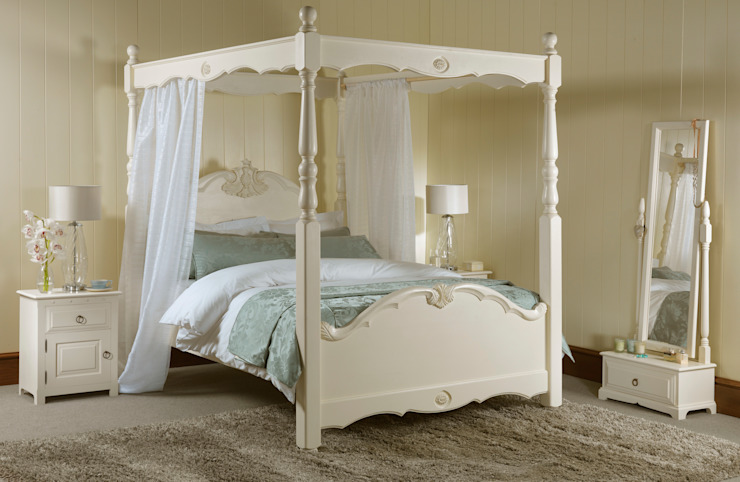 The Orleans Four Poster Bed de Revival Beds Clásico