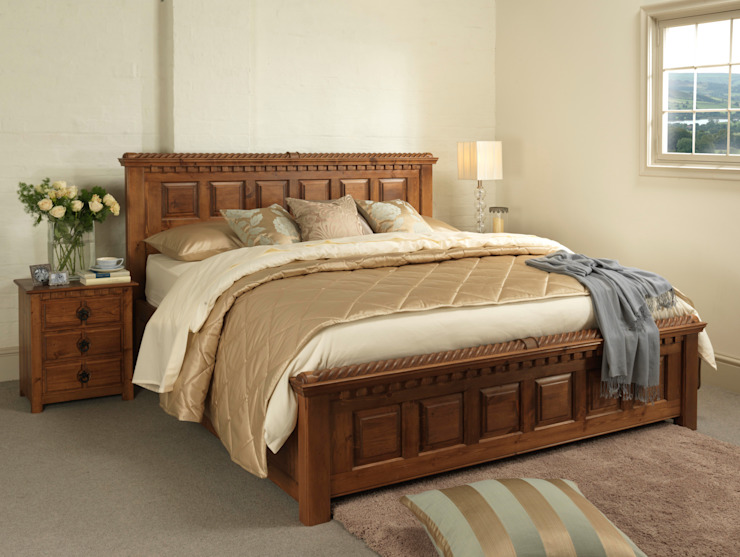 The County Kerry Bed von Revival Beds Klassisch