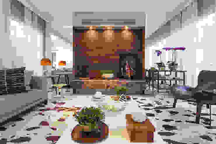Living room by Vaiano e Rossetto Arquitetura e Interiores, Modern