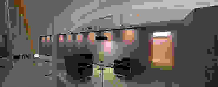 Maja´s, Clinica de belleza Clínicas y consultorios médicos de estilo moderno de LEAP Laboratorio en Arquitectura Progresiva Moderno